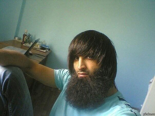 Национальность тоже влияет на рост бороды :)