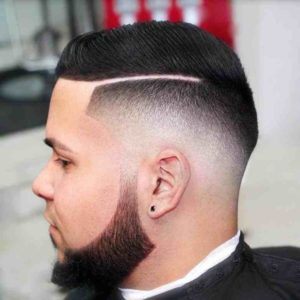 Мужская стрижка с косым пробором