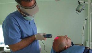 решение проблемы облысения лазерная терапия