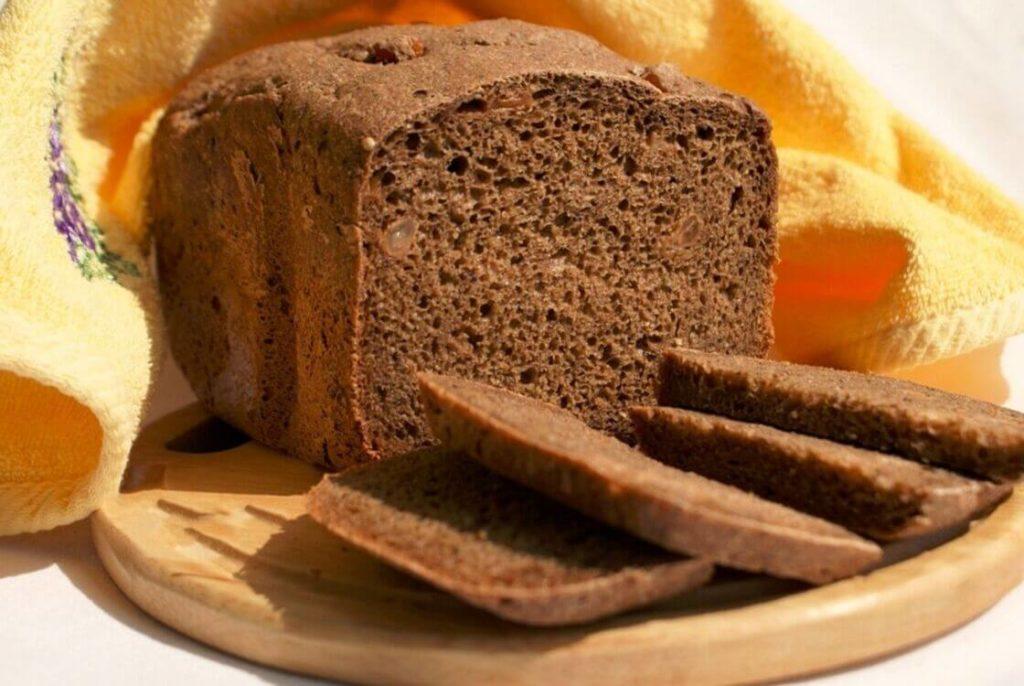 маска из черного хлеба при облысении