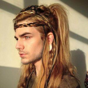 мужские прически викингов на длинные пряди