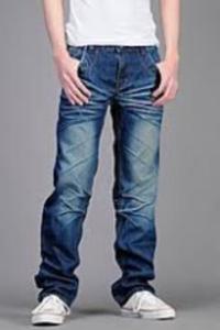 Мужские джинсы трубы