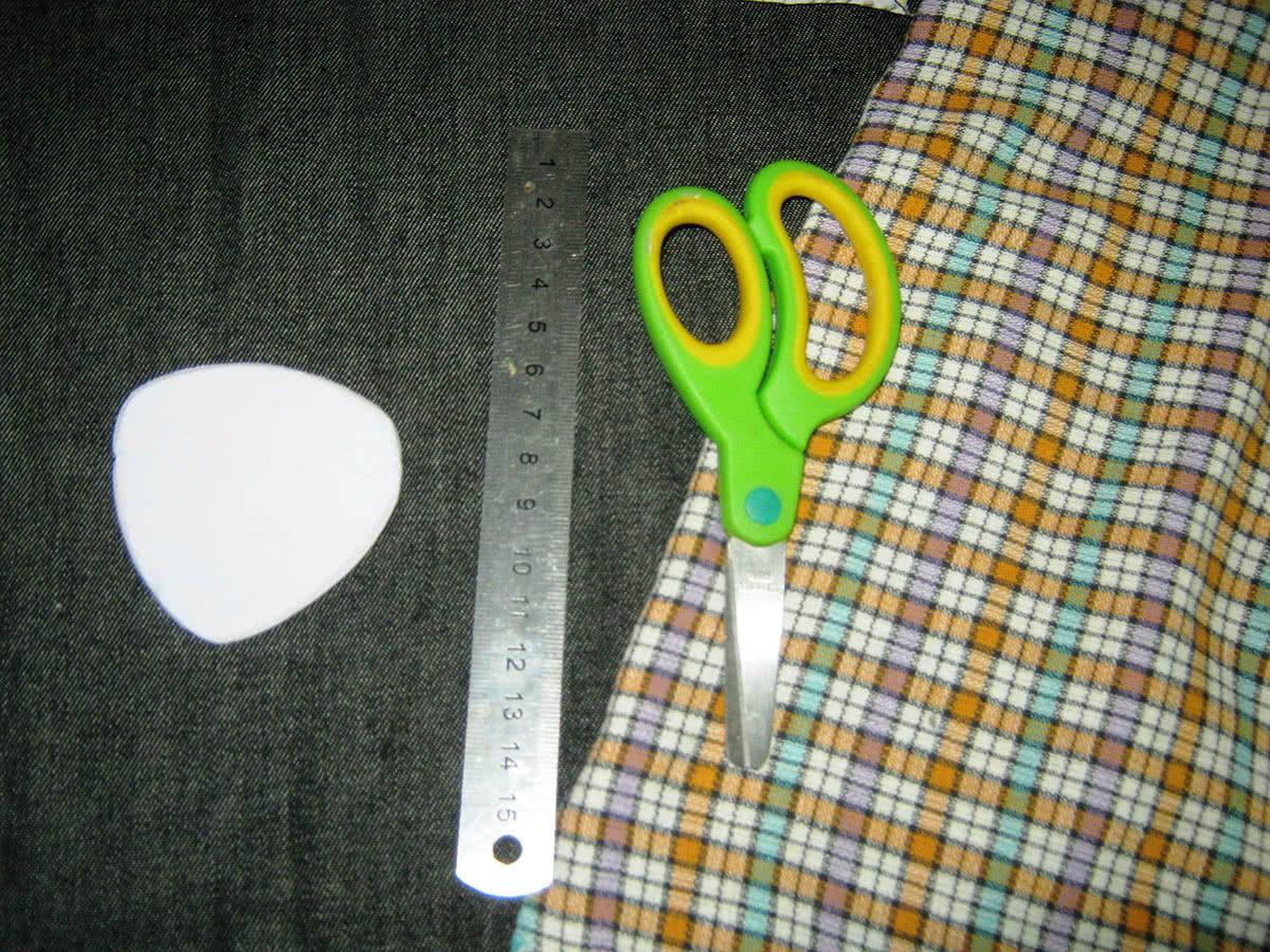 Материал и инструменты для шитья