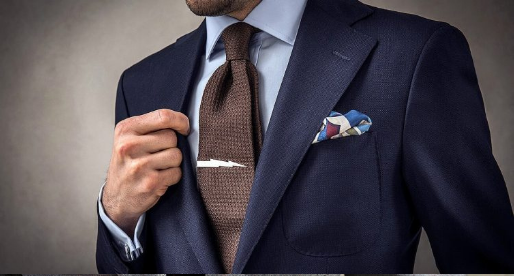 Двойной узел галстука